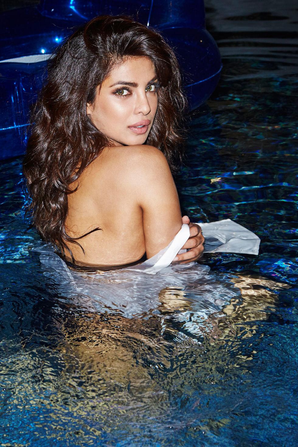 Priyanka Chopra Jonas Images Hd Wallpapers And Photos Bollywood