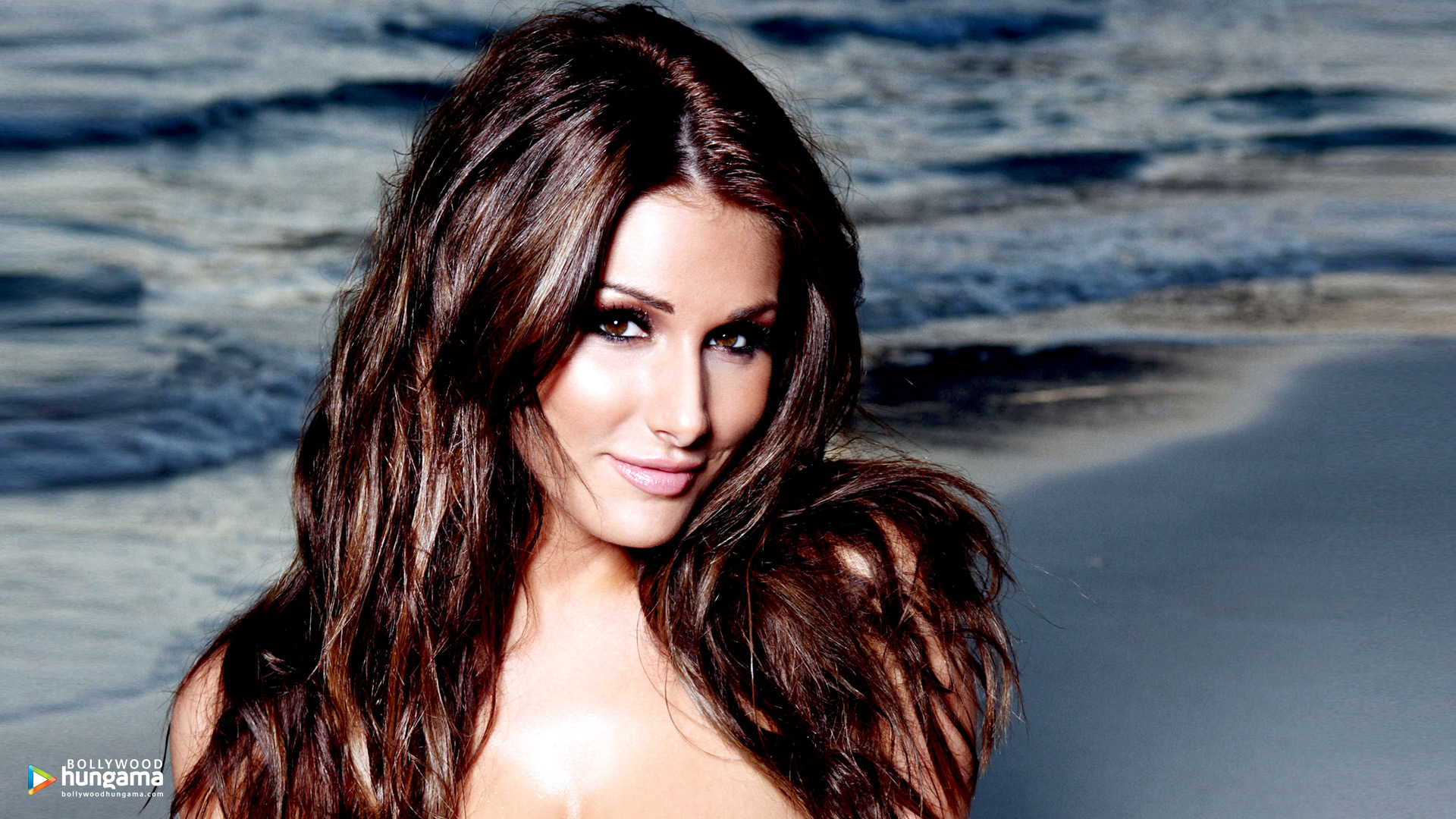 Pinder hd lucy Lucy Pinder
