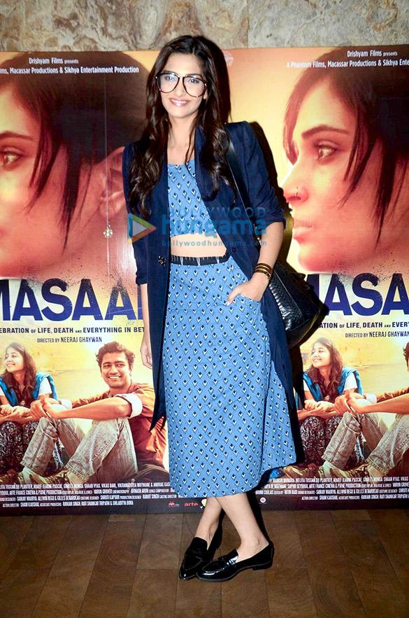 Sonam Kapoor & Parineeti Chopra grace the special screening of 'Masaan'