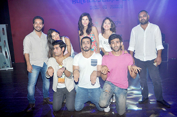 Team of 'Pyaar Ka Punchnama 2' snapped visiting Sophia College