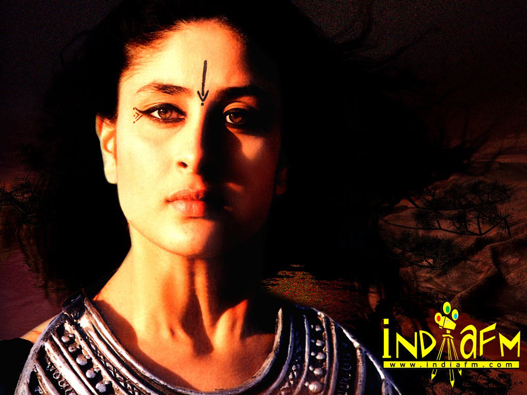 Girl kareena kapoor black underwear in asoka