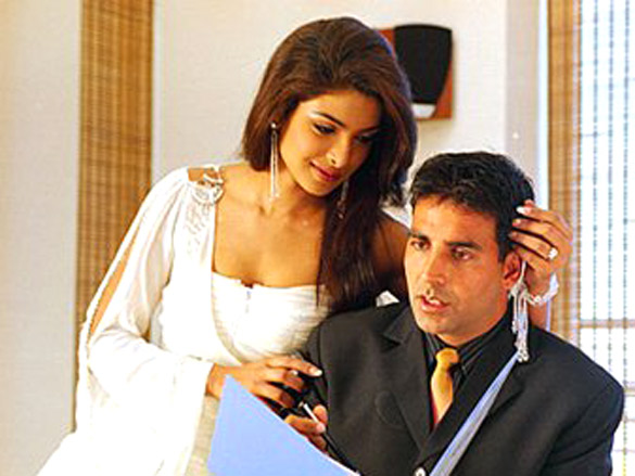 Aitraaz Movie Stills - Bollywood Hungama