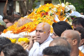 Dara Singh, Puneet Issar