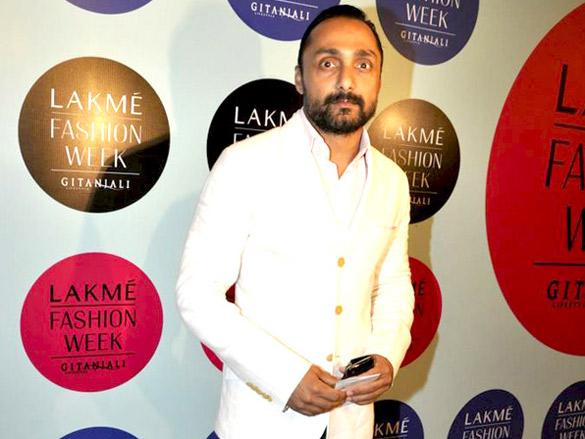 Vidya Balan graces Sabyasachi show at 'Lakme Fashion Week 2010'