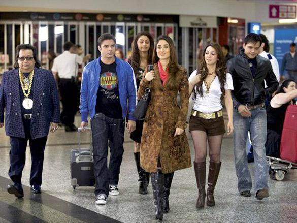 Yash Tonk,Mahek Chhal,Kareena Kapoor,Sohail Khan,Nauheed Cyrusi,Bappi Lahiri