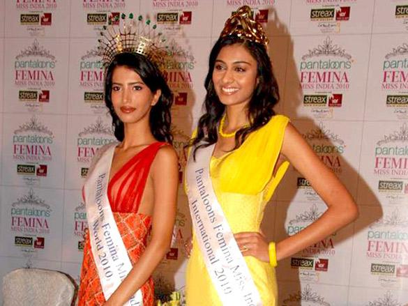 Winners of Pantaloon Femina Miss India 2010 at press conference
