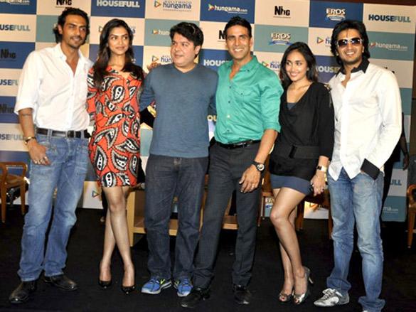 Cast of Housefull at Hungama press meet