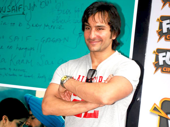 Saif Ali Khan Promotes 'Love Aaj Kal' At Shoppers Stop