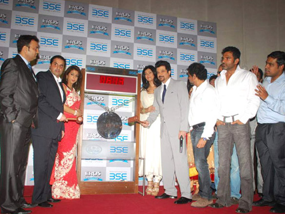 No Problem casts ring Diwali Gong at BSE