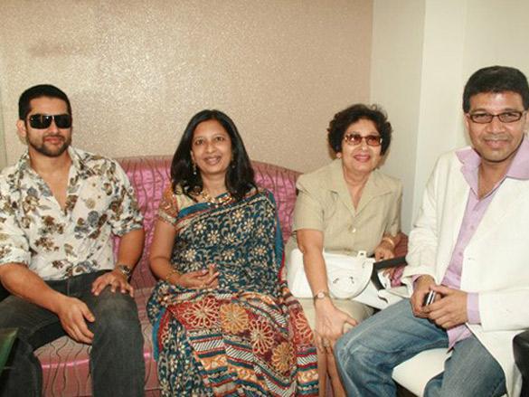 Aftab Inaugrates His Friend Mukesh Gandhi's Optical Store