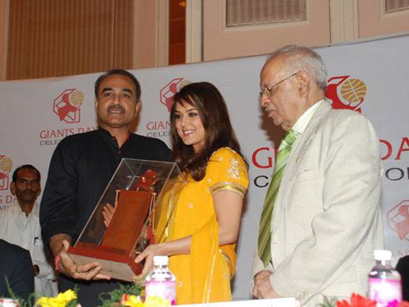 Neha Dhupia,Amrita Arora,Kim Sharma At India Fashion Forum