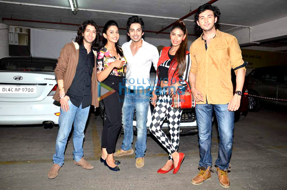 Madhuri & 'Yaariyan' team at Baqar's spinnathon