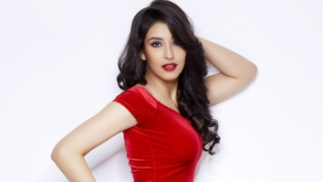 Celeb Wallpaper Of Navneet Kaur Dhillon