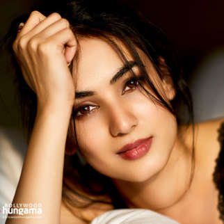 Celebrity Wallpapers of Sonal Chauhan