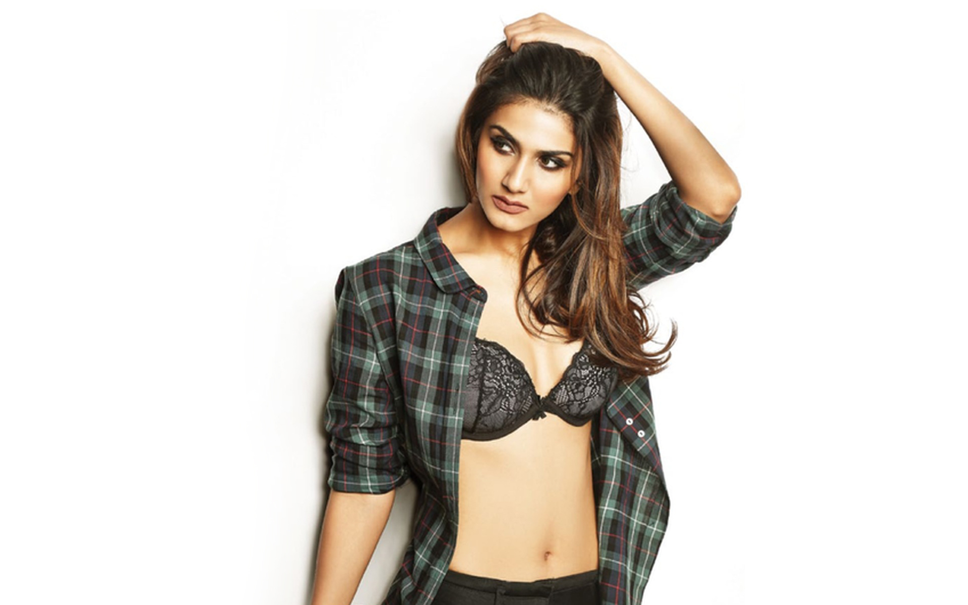 Vaani Kapoor Movies News Songs Images Bollywood Hungama