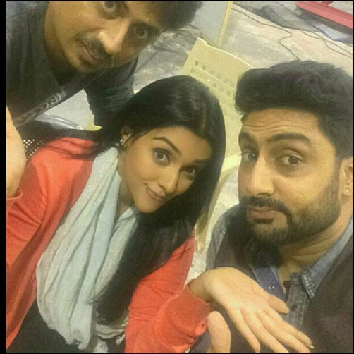 Check out: Asin, Abhishek Bachchan, Rishi Kapoor on the sets of All Is Well