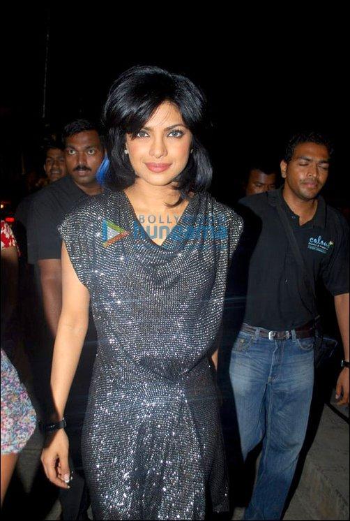 Bollywood Bling: Bollywood divas take on metal
