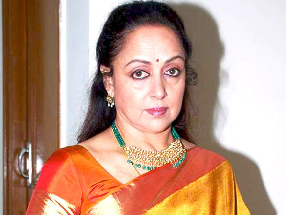 Hema Malini, Esha and Ahana Deol at Jaya Smriti's dance event