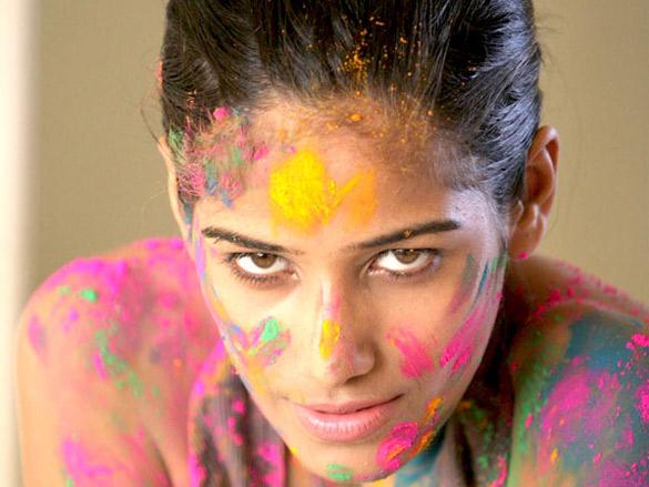 Model Poonam Pandey prepares to celebrate 'Holi'