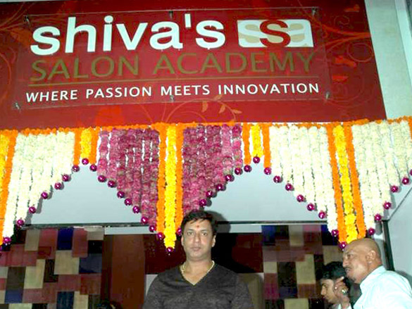 Madhur Bhandarkar launches Shiva's Salon Academy