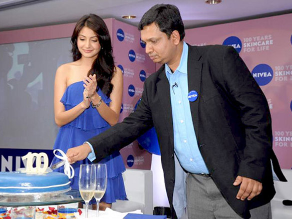 Anushka Sharma and Shibani Dandekar at Nivea 100 years event