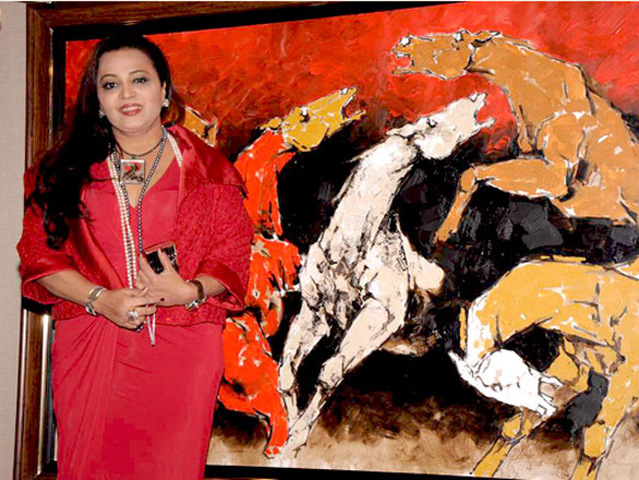 Nina Pillai and artist Aslam Shaikh's art exhibition