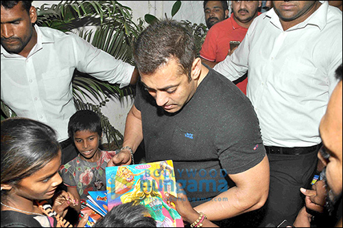 Check out: Salman Khan meets poor street kids