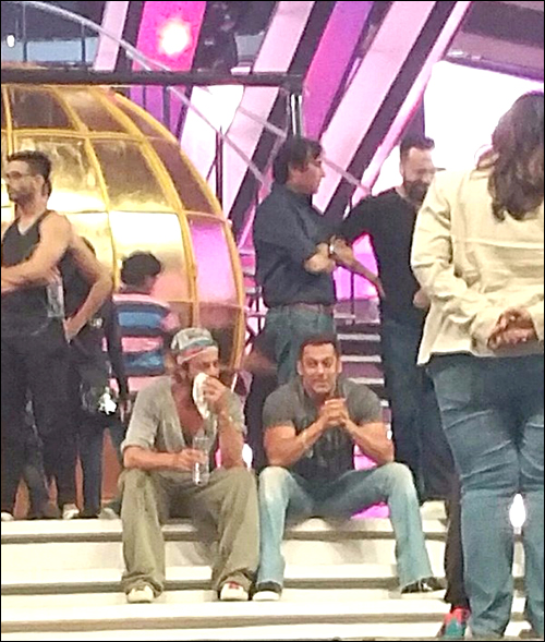 Check out: Shah Rukh Khan and Salman Khan rehearse together for TOIFA