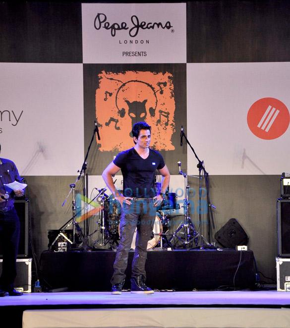 Sonu Sood walks the ramp at Pepe Jeans music stage at Kala Ghoda