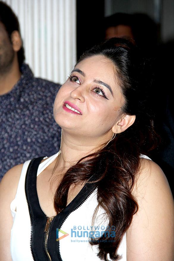 Jay Bhanushali's surprise birthday bash for Mahhi Vij