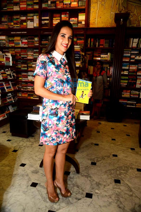 Tara Sharma & Perizaad Zorabian at Shunali Khullar Shroff's book launch