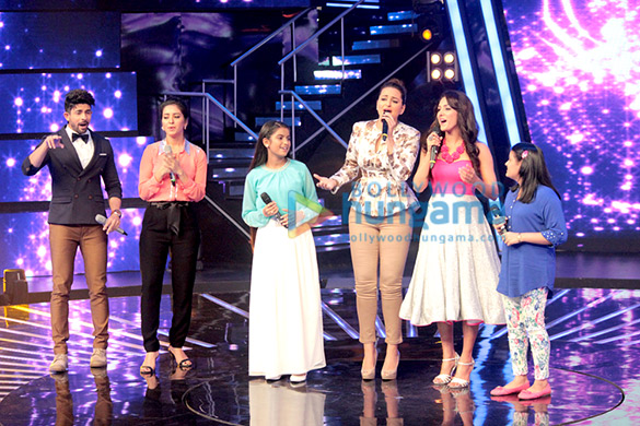 Sonakshi Sinha croons 'Har Kisko Nahi Milta' with Neeti Mohan on Indian Idol Junior