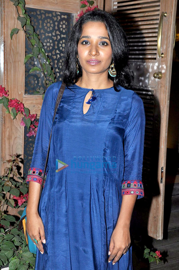 Dia Mirza, Raveena Tandon, Diana Penty & Swara Bhaskar at Grass & Root new designs launch