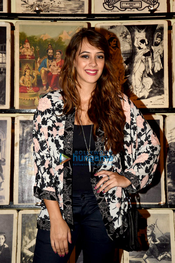 Dia Mirza, VJ Ramona Arena & others at an art exhibition