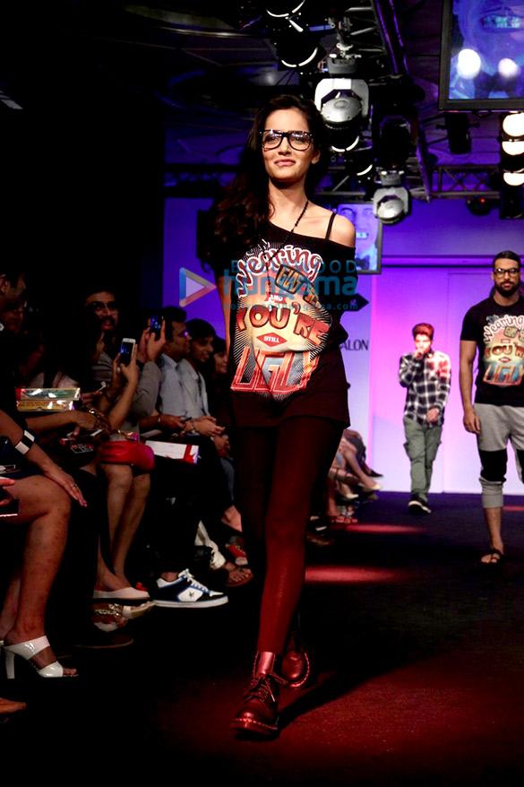 Taapsee Pannu, Aditi Rao Hydari and others walk the ramp at Lakme Fashion Week 2015