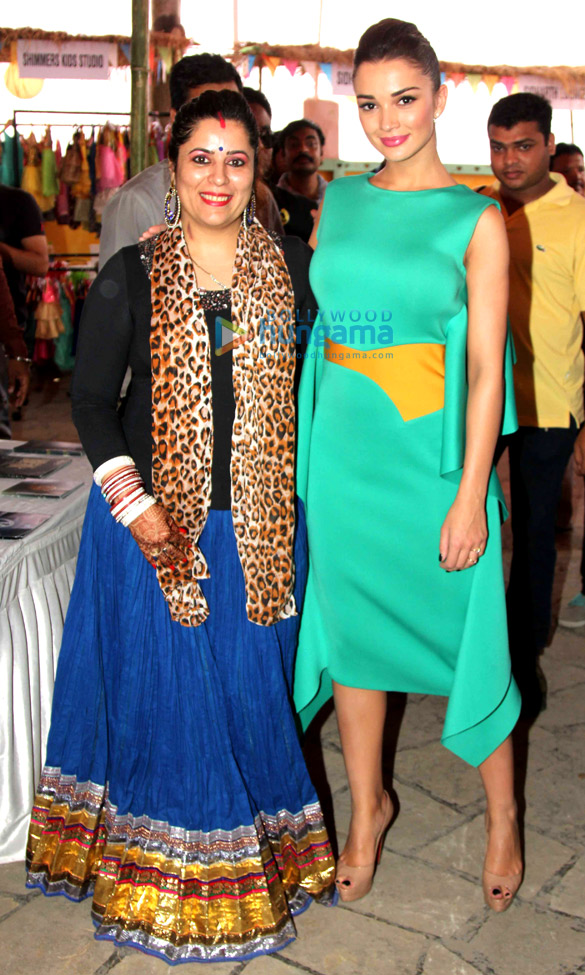 Amy Jackson graces 'Femina Shopping Fest 2015'