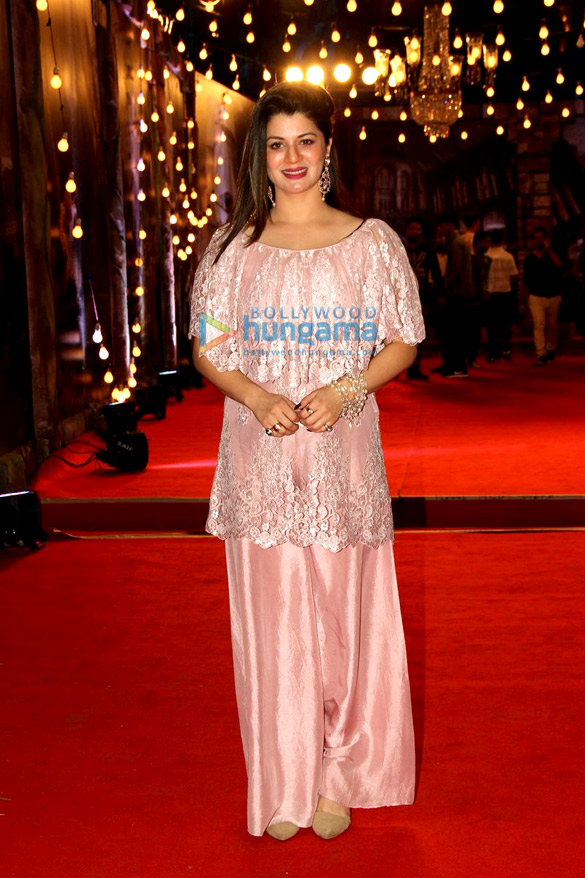 Salman Khan, Shah Rukh Khan, Kajol & others grace 'Sansui Colors Stardust Awards 2015'