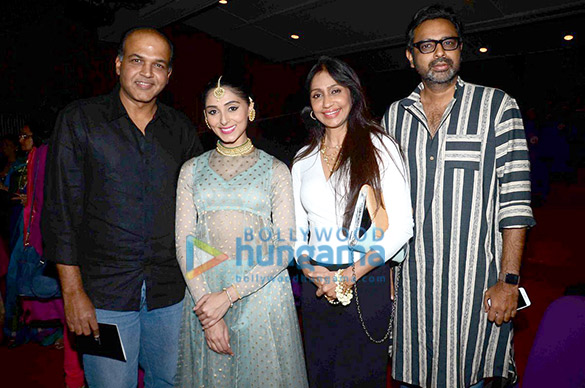 Sonam Kapoor graces Pernia Qureshi's dance performance