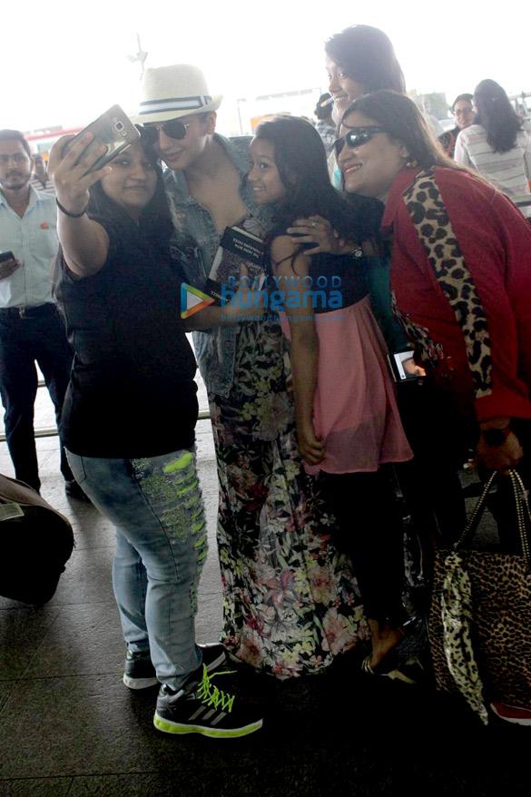 Huma Qureshi snapped at the airport