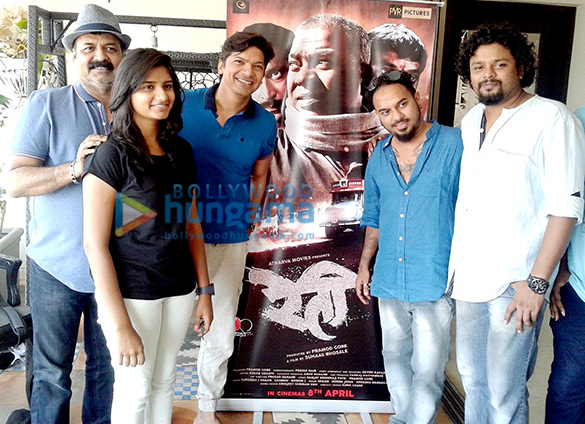 Shaan debuts as music director for Marathi film Reti