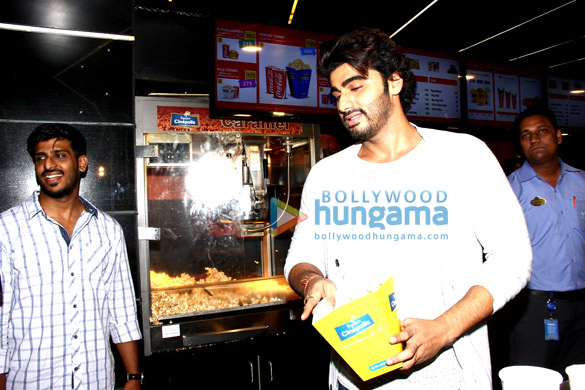 Arjun Kapoor hosts a special screening of 'Ki & Ka' for ladies