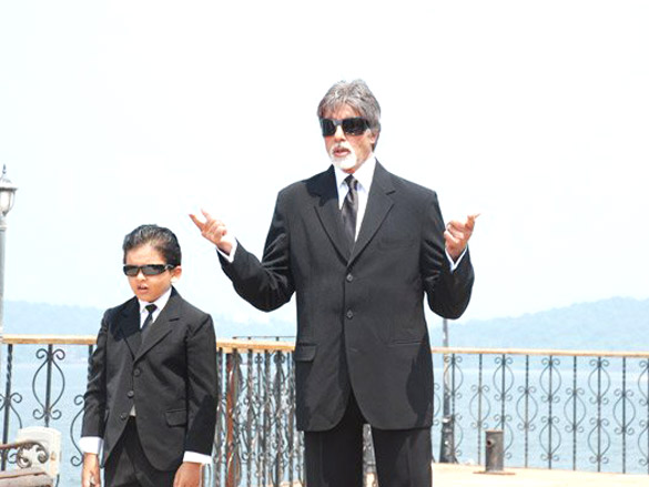 Movie Still From The Film Bhoothnath,Aman Siddiqui,Amitabh Bachchan