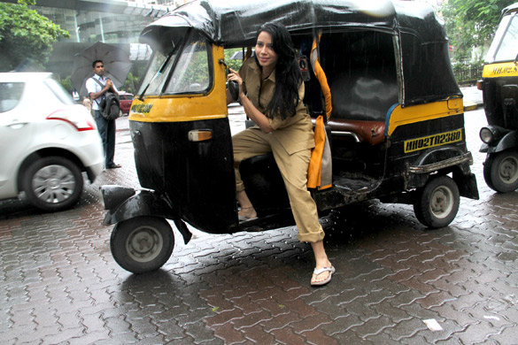 Rozlyn Khan snapped driving auto rikshaw to support Biharis