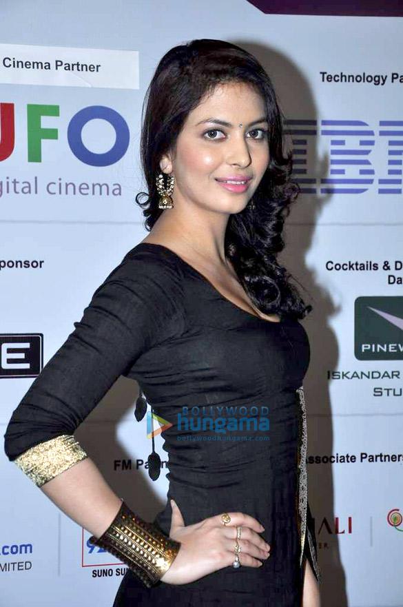 Kareena at the inauguration of FICCI Frames 2013