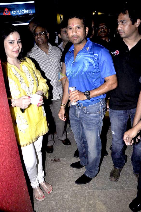 Sachin at 'Mumbai Indians-Smaash' press conference