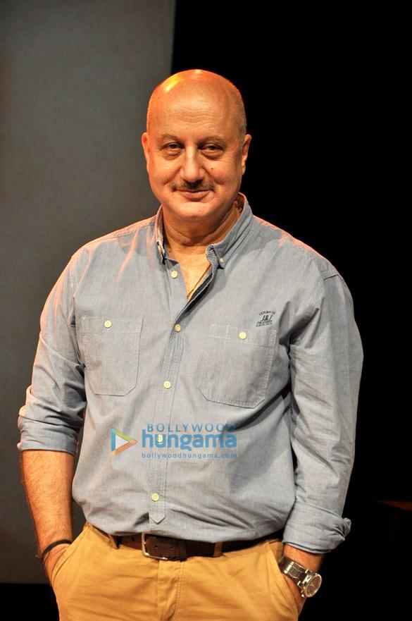 300th show of Anupam Kher's play 'Kucch Bhi Ho Sakta Hai'
