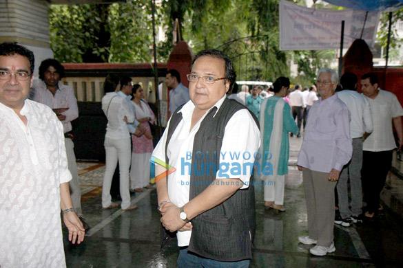 Jackie & Anil at Jagdish Raaj's prayer meet