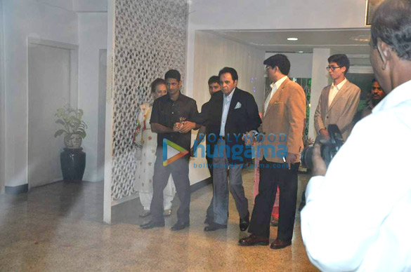 Rani & Dharmendra at Dilip Kumar's birthday celebration