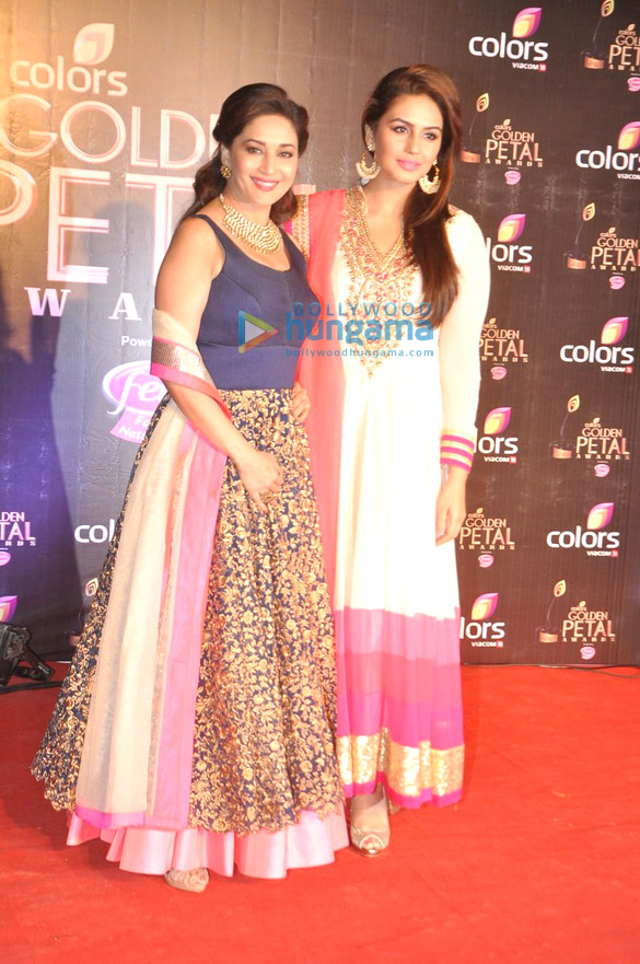 Madhuri, Anil & Huma grace the 'Colors Golden Petal Awards 2013'
