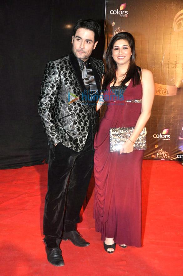 Madhuri, Anil & Huma grace the 'Colors Golden Petal Awards 2013'